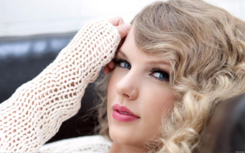 Taylor_Swift_1920_1200_03.jpg